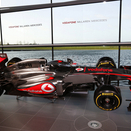 Button et Perez dévoilent la MP4-28 (Photos)