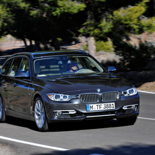 BMW 318d Touring AT