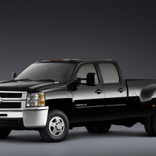 Chevrolet Silverado 3500HD Crew Cab 4WD LTZ Long Box DRW