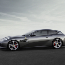 Thanks to the updated engine, the new GTC4 Lusso can reach 100km/h in 3.4 seconds and a top speed of 335km/h
