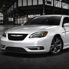 Mopar Pumps Up Dodge Charger Redline and Chrysler 200 Super S