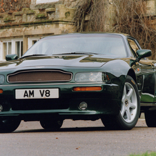 Aston Martin V8 Coupé