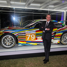 Jeff Koons BMW Art Car feierte Nordamerika-Premiere auf der Art Basel in Miami Beach