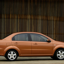 Chevrolet Aveo LT 4-Door
