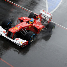 Despite nearly crashing in Q2, Fernando Alonso took pole at Silverstone