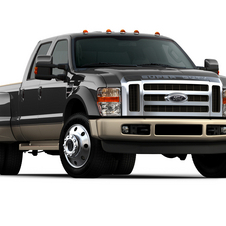 Ford F-Series Super Duty 156-in. WB Lariat Styleside Crew Cab 4x2