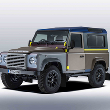 This special Defender was created in close collaboration with the design team of Land Rover's SVO department and Paul Smith