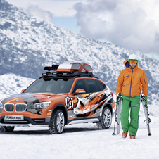 The K2 Powder Ride Concept gets a special roof rack and higher suspension