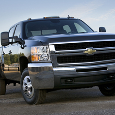 Chevrolet Silverado 3500HD Regular Cab 4WD LT1 Long Box DRW