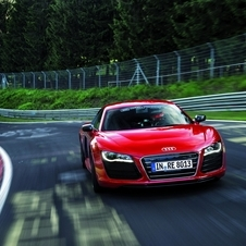 The time was 5 seconds off the pace of a R8 V8