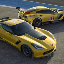 The Corvette Z06 and C7.R share and aluminum platform