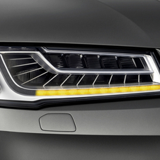 The turn signals also use active matrix LEDS