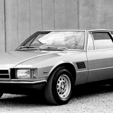 In the 80s, De Tomaso created the Longchamp with a front-mounted Ford V8