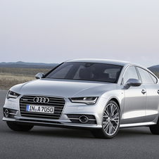 The A7 Sportback didn't get updated since 2010, so Audi decided it was time to make a few retouches