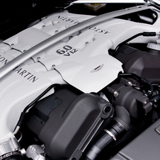 Aston Martin V12 Vantage Roadster Packs 6 Liters in Open Top Glory