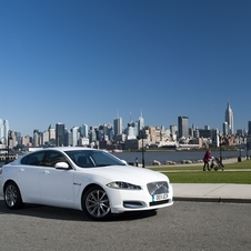 Diesel Jaguar XF Takes Off to Drive Across the US in 7 Days