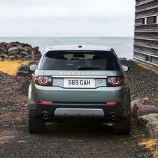 The design of the new Discovery Sport is heavily inspired on the Discovery Vision