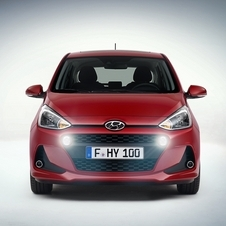 The Hyundai i10 will continue to be powered by the same 1.0-litre and 1.25-litre petrol units with 65hp and 86h
