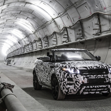 Today the first images of the first compact SUV convertible in the world were released, although the vehicle was still with a camouflage livery