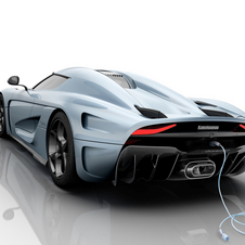 The Regera is equipped with large rear spoiler which  contributes to a total downforce of 450kg at 250km/h
