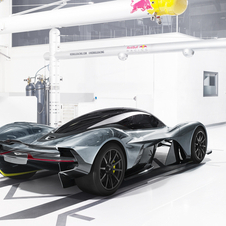 Adrian Newey from Red Bull, Marek Reichman from Aston Martin and David King from Special Operations were the masterminds behind the AM-RB 001
