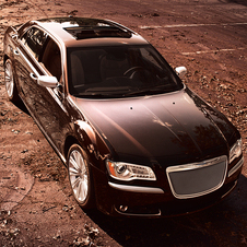 Chrysler's New Flagship: the 300 Luxury Series Sedan