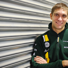 Vitaly Petrov Replaces Jarno Trulli at Caterham F1