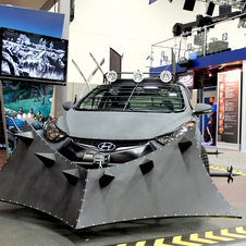 O Elantra Coupe Zombie Survival Machine foi fabricado pela Design Craft e apresentado no Comic-Con