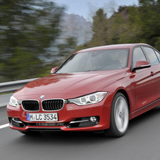 BMW 335i xDrive AT