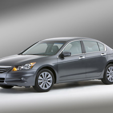 Honda Accord EX 5-Spd MT (USA)