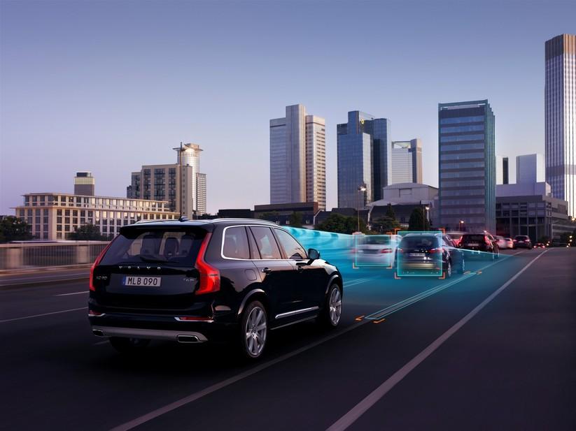 Le nouveau XC90 couronne l'impressionnant patrimoine sécuritaire de Volvo Cars
