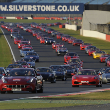In 2008, that number was surpassed at the Suzuka circuit by 490 Ferraris.