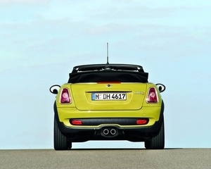 MINI (BMW) Cooper Convertible