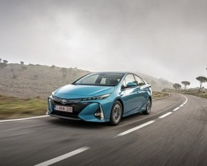 Prius Plug-in Hybrid Luxury